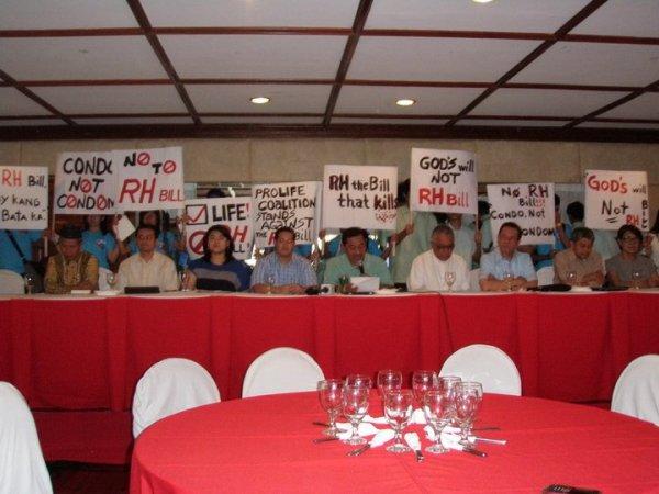 Pro-Life Coalition Press Conference, Club Filipino