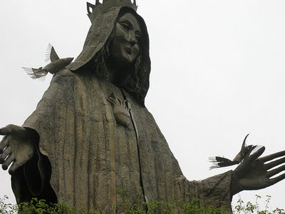 Our Lady of EDSA. Mary the Queen of Peace